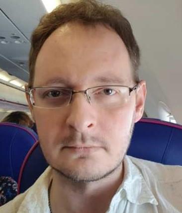 dr Adam Bajguz